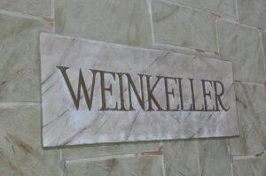 Weinkeller Schrift